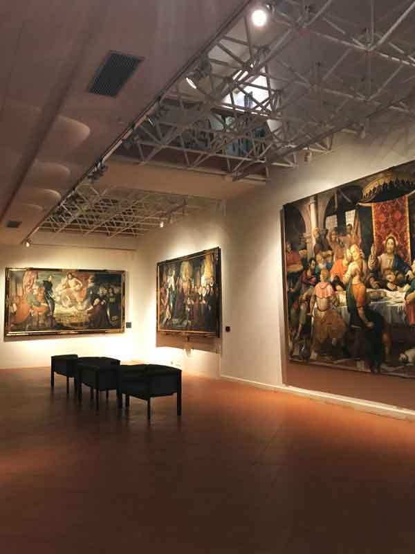 Grandi tele esposte nella Galleria d'Arte Antica al Museo del Castello di Udine