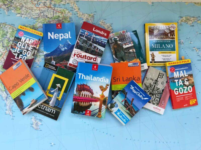 Come scegliere la guida turistica cartacea