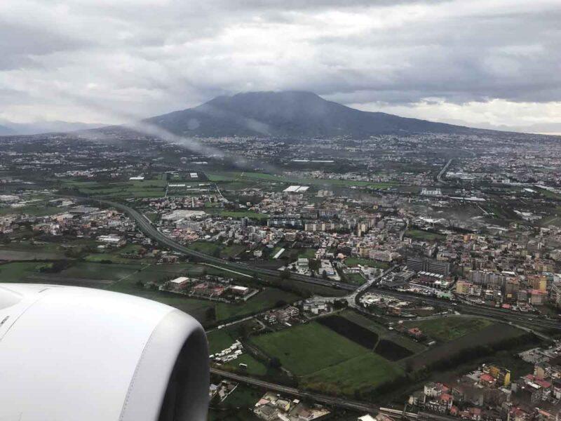 In volo verso Napoli