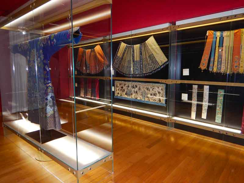 Abiti tradizionali cinesi esposti a Trieste nel Museo d'arte Orientale